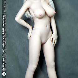Doll Forever D4E-135 body style with D4E ›Xuan‹ head